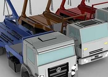 Caminhão poliguindaste triplo